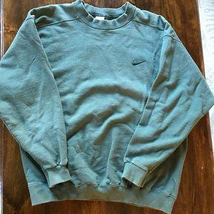 NEW Mens IZOD Fine Gauge Fancy Varsity Striped Crewneck Sweater MSRP $60